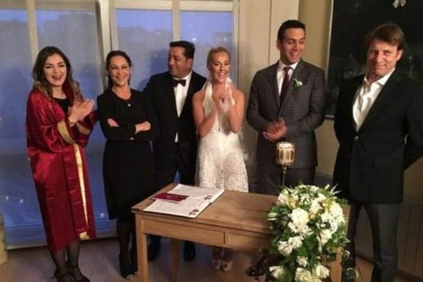 Helin Avşar evliliğiyle ilglili ilk kez konuştu!