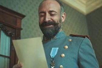 'Vatanım Sensin'de izleyicileri ekrana kilitleyen Atatürk sahnesi