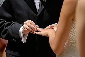 Oğlan bizim kız bizim! Fox TV'de düğün vardı!