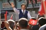 Hıncal Uluç köşe komşusuna çattı: Yılmaz Erdoğan'ı bilmiyor,