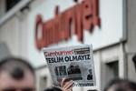 Genel Yayın Yönetmeni dahil 9 yazar ve yöneticisi tutuklandı, Cumhuriyet tirajlarda ne yaptı? (Medyaradar/Özel)