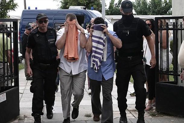 Uğur Dündar'dan olay iddia: Yunanistan, firari FETÖ'cü subaylardan hangi askeri sırları aldı?