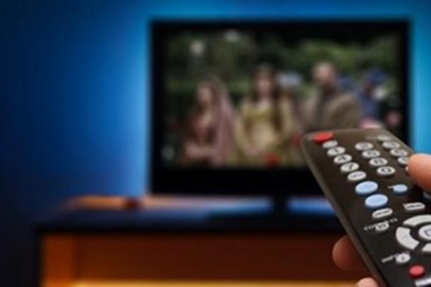 Ekranlarda tehlike çanları: 'Yüzde 5 izlenme oranı alayım, öpüp başıma koyayım'