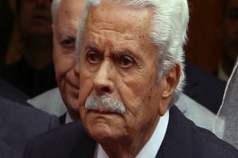 Siyasetin 'İsmet Abi'si hayatını kaybetti!