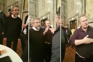 Can Dündar'ı protesto etti saldırıya uğradı