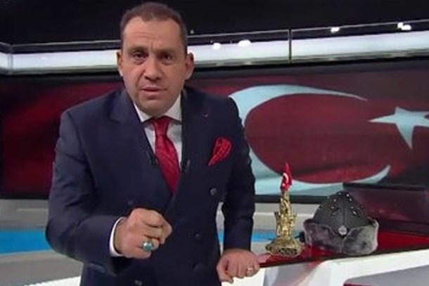 Erkan Tan'dan o manşete sert tepki: Cumhuriyet'te gazeteci kılıklı teröristler var!