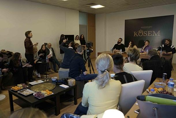13 Rus gazeteci Muhteşem Yüzyıl Kösem setinde!