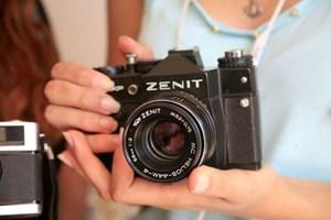 Ünlü fotoğraf makinesi Zenit geri dönüyor!