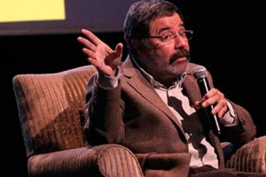 Ahmet Ümit: 'Yazar olmamı Kenan Evren sağlamıştır'