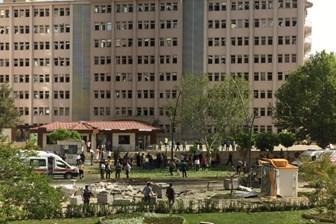Gaziantep Emniyet Müdürlüğü'ne bombalı saldırı; 2 polis şehit, 22 yaralı!