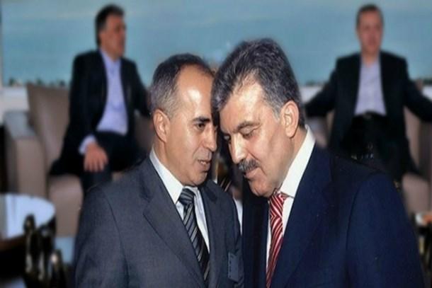 Gül'ün eski başdanışmanı Ahmet Sever: Medyada Erdoğan'a yakınlığıyla bilinen kişiler gazeteci değil paralı asker!