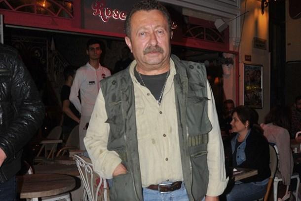 Magazin muhabirleriyle tartışan Erkan Can'dan barış pozu!