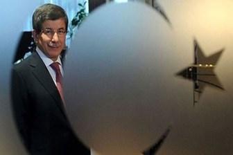 Financial Times: 'Davutoğlu'nun görevi vize anlaşması yüzünden tehlikede!'