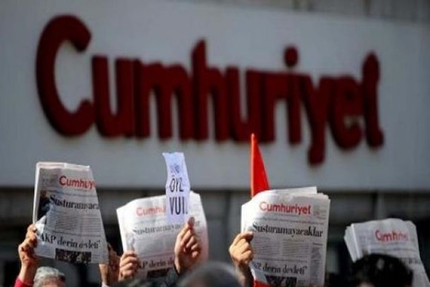 Cumhuriyet Gazetesi çalışanları prim sistemine karşı ayaklandı!