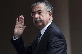 Milli Eğitim Bakanı İsmet Yılmaz, basın müşavirini polisten seçti!