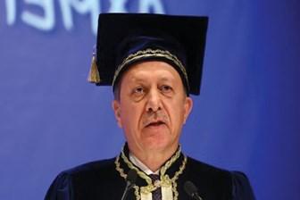 Yılmaz Özdil: Erol Evgin'in sanatçılığına tüm Türkiye şahitlik eder, senin diplomanın şahidi kim?