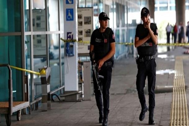 Abdulkadir Selvi: MİT uyarısıyla Atatürk Havalimanı'nda ek tedbirler alındı;