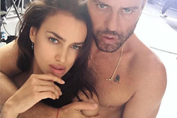 Mert Alaş ve Irina Shayk'tan çıplak poz!