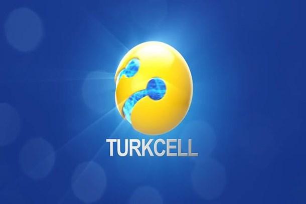Turkcell'den darbeci askerlere: 'Silahlarınızı bırakın, teslim olun' SMS'i