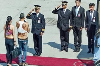Gazeteci bu fotoğrafı sosyal medyada paylaştı, karısı tutuklandı!