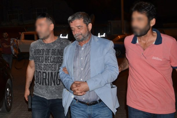 Mümtaz'er Türköne Yalova'da gözaltına alındı!