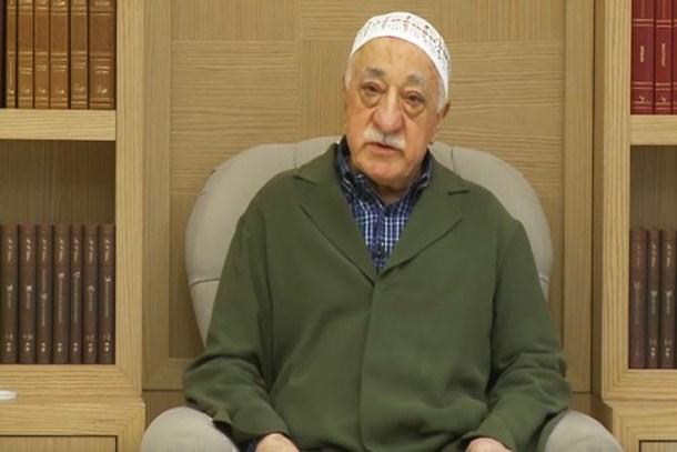 ABD gazetesinden olay detaylar: Gülen'in haki cübbesi orduya sinyalmiş!