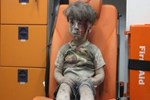 Sembol fotoğrafı çeken gazeteci konuştu: Bu çocuklar her gün bombalanıyor
