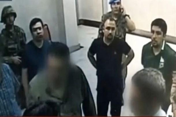 Darbe gecesi TRT'yi basan sivilin kim olduğu ortaya çıktı