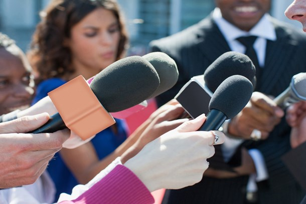 Gazeteciler tartıştı: OHAL'de gazetecilik nasıl yapılır?