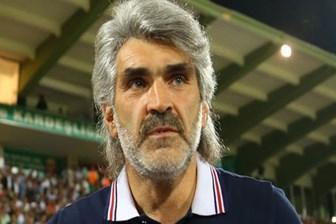 Hakkında gözaltı kararı çıkan eski futbolcu: Bu alçakların şerefsiz yüzlerini...
