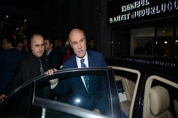 İstanbul eski Emniyet Müdürüne FETÖ gözaltısı!