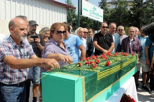 Vedat Türkali'nin cenazesi İstanbul'a uğurlandı