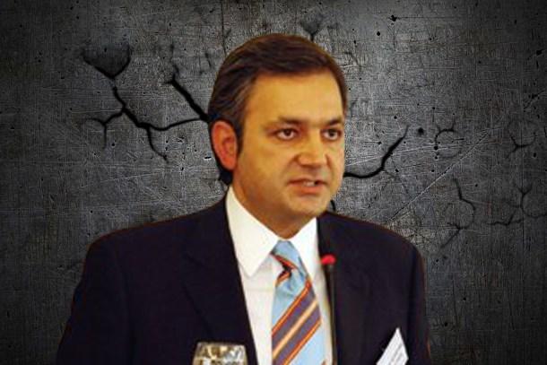 Mehmet Ali Yalçındağ'dan istifa açıklaması: Bu çirkin bir sahtekarlıktır!