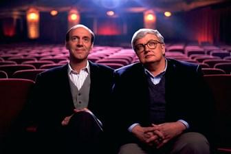 Eleştirmenler filmleri övmek için sinemacılardan para mı alıyor?