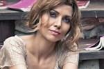Elif Şafak Der Spiegel'e yazdı: Benim Türkiye'm de anneannem gibi öldü!