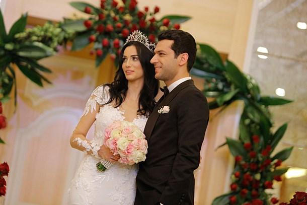 Murat Yıldırım ve Imane El Bani bir daha evleniyor!