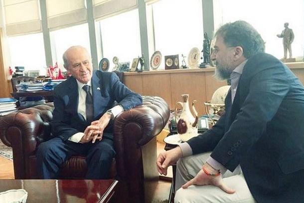 MHP'den Ahmet Hakan'a olay yanıt: Cübbeli Ahmet Hoca'ya dayılanmaya benzemez!