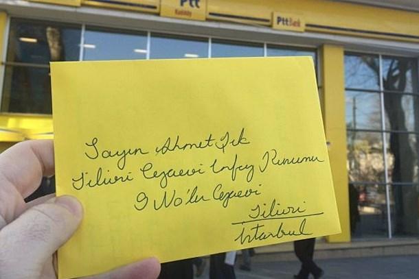 Gazetecilerden tutuklu meslektaşları için 'mektup' çağrısı!