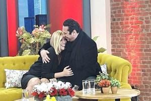Özge Uzun'a canlı yayında evlenme teklifi
