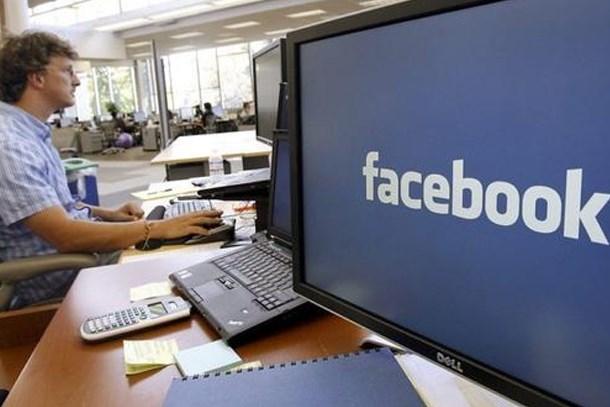 Facebook'ta yeni dönem! Yemek siparişi başlıyor!