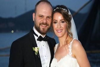 Hürriyet ve Milliyet'te düğün sevinci!