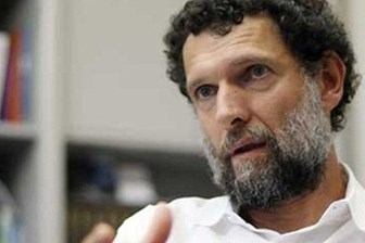 İşadamı Osman Kavala havalimanında gözaltına alındı