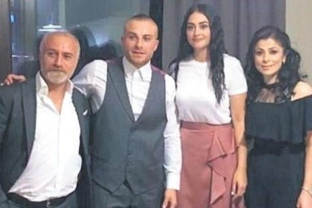 Gökhan Töre ve Esra Bilgiç'in söz fotoğrafı!