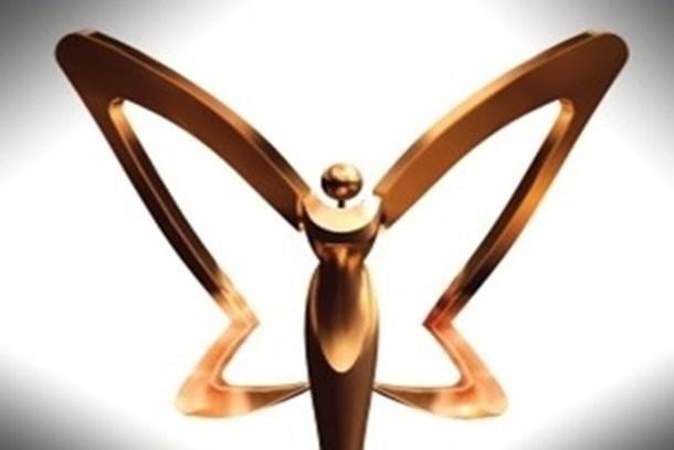 Hürriyet'in Altın Kelebek ödüllerine büyük tepki; Körler sağırlar birbirini ağırlar!