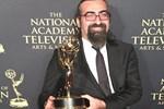Emmy kazanan Türk gazeteci: Ödülü Suriyelilere adıyoruz