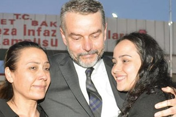 FETÖ'den suçlanıyordu! Barbaros Muratoğlu beraat etti!