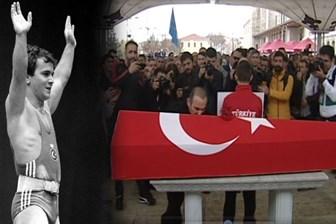 Naim Süleymanoğlu'na son görev! Türkiye efsane sporcusuna ağlıyor!