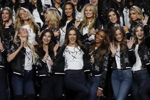 Victoria's Secret defilesinde ilk Türk manken