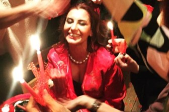15 Temmuz'un sembol ismi Hande Fırat kına gecesi yaptı!
