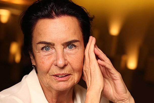 Gizlice odasına bile girmiş! Fatma Girik 50 yıl sonra şikayet etti!